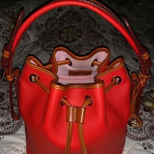 Dooney and Bourke handbag pebbled Leather❤️